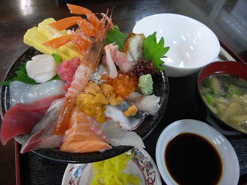 中央卸売市場で海鮮丼!『海鮮市場 旬恵』@大和郡山市