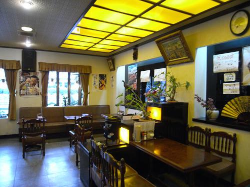 県立医大病院前の昭和的レトロ喫茶店『檀』@橿原市