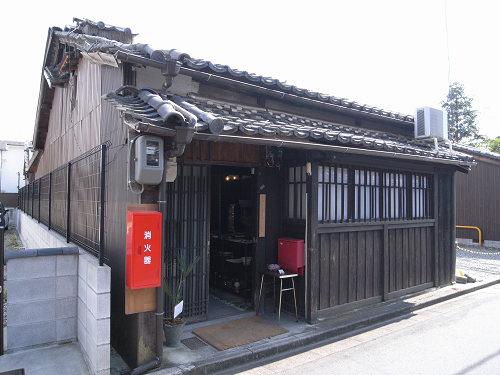 読書空間とカレーのお店『ミジンコブンコ』@奈良きたまち-01