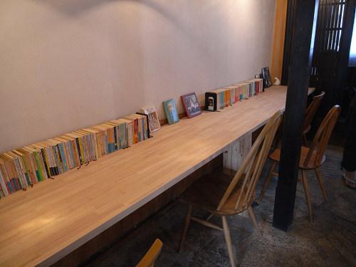 読書空間とカレーのお店『ミジンコブンコ』@奈良きたまち-09