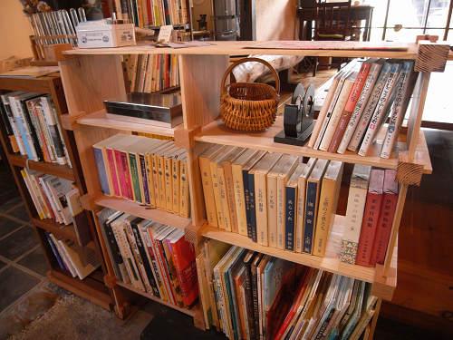 読書空間とカレーのお店『ミジンコブンコ』@奈良きたまち-11