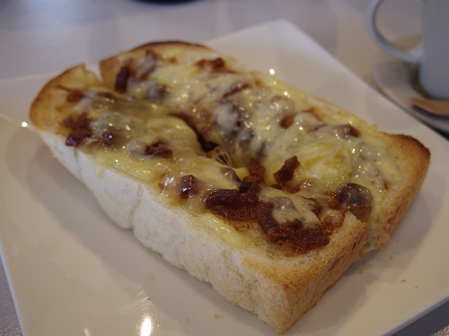 極上パンの『室生天然酵母パン なららカフェ』@奈良市