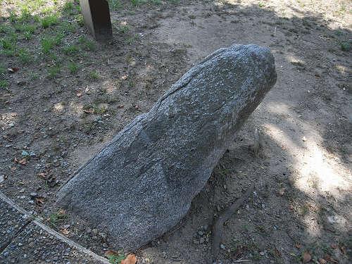 男根型の『マラ石』@明日香村祝戸地区-06