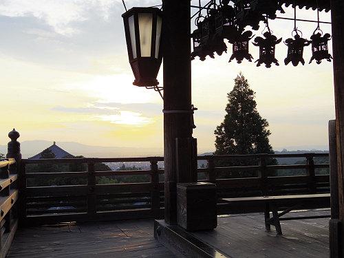 【写真】東大寺二月堂の夕暮れ-03