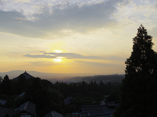 【写真】東大寺二月堂の夕暮れ-04