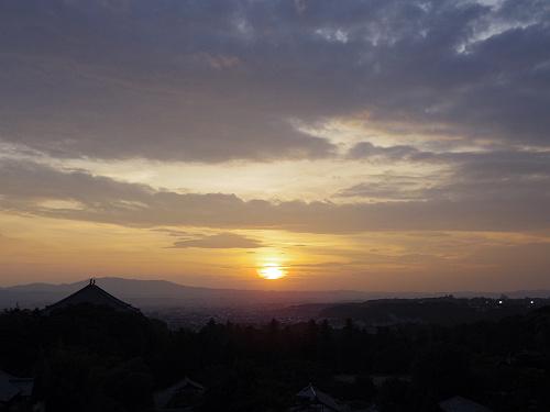 【写真】東大寺二月堂の夕暮れ-09