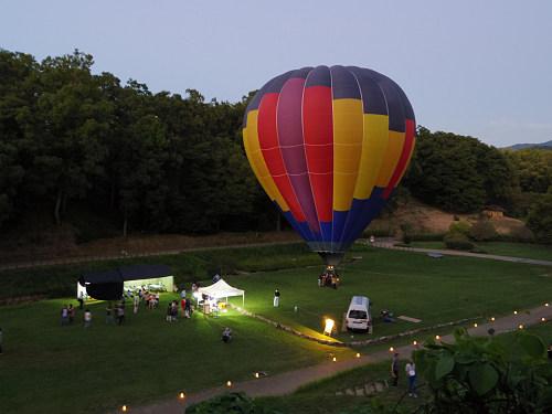 『熱気球に乗って光の地上絵を見よう!』@飛鳥光の回廊-07