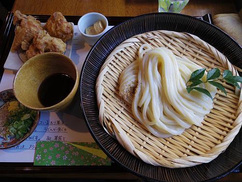 古民家で絶品うどんを!『udon and cafe 麺喰』@福智院町