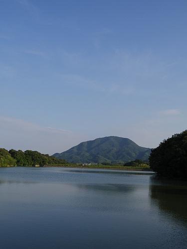 『二上山を眺望できる旗尾池湖畔』@香芝市-06