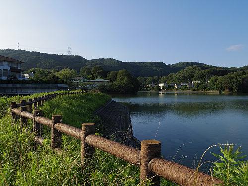 『二上山を眺望できる旗尾池湖畔』@香芝市-08
