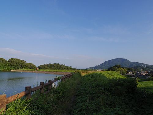 『二上山を眺望できる旗尾池湖畔』@香芝市-09