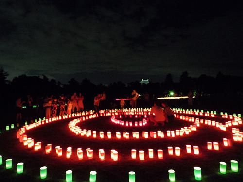古都の夏の夜を彩るロウソクのほの灯り『2014なら燈花会』