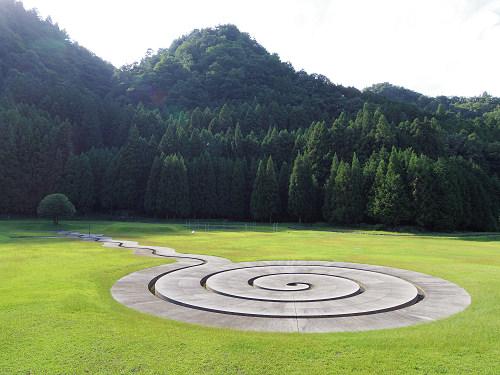 野外アート作品が並ぶ『室生山上公園芸術の森』@宇陀市