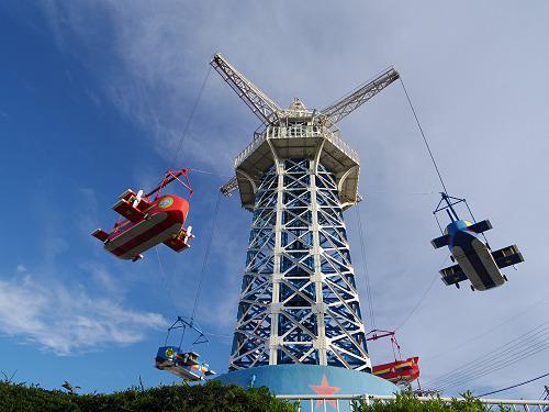 現存最古の貴重な大型遊具『飛行塔』@生駒山上遊園地