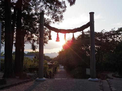 檜原神社と井寺池からの夕陽@桜井市-03