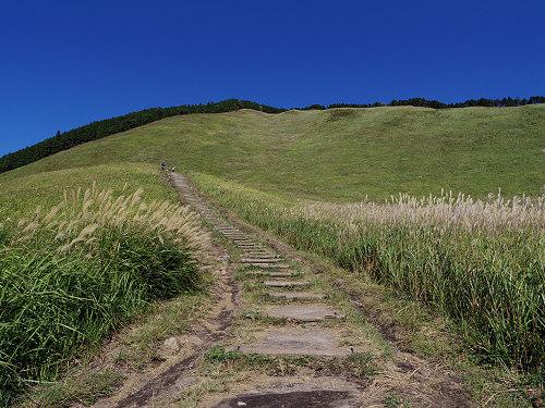 曽爾高原のススキと倶留尊山登山-13