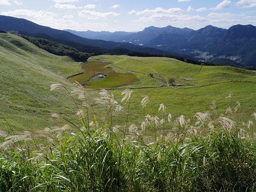 曽爾高原の美しいススキと『倶留尊山』登山@曽爾村