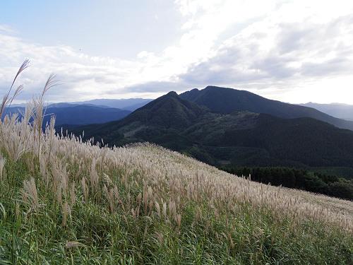 曽爾高原のススキと倶留尊山登山-31