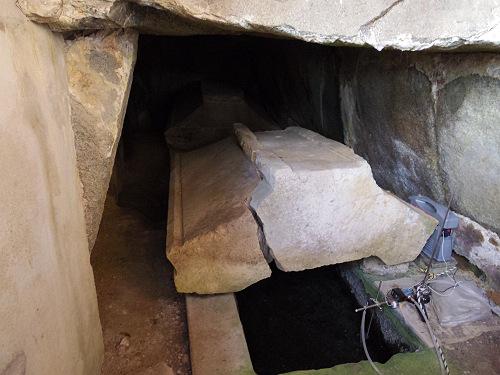 蘇我入鹿の墓?小山田遺跡に近接する『菖蒲池古墳』@橿原市