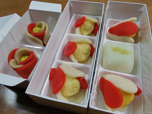 東大寺お水取りの和菓子3種食べ比べ-02
