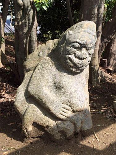 飛鳥の石造物「猿石」-12