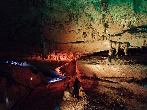 怪しげな洞窟を涼しく探検!『面不動鍾乳洞』@天川村