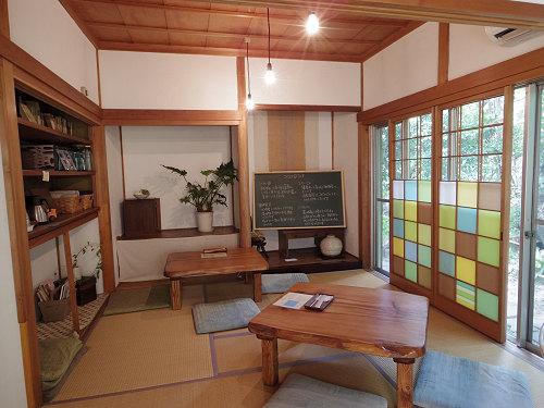 森に囲まれた居心地いい古民家カフェ『ココロ 森のcafe』@香芝市