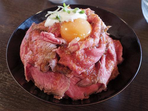 迫力のローストビーフ丼!『タカダ肉バル チャラリン』@大和高田市
