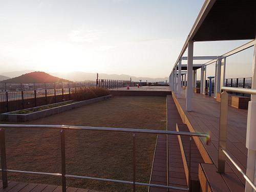 最高の見晴らし!『橿原総合庁舎 屋上庭園』@旧耳成高校