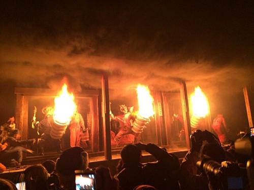 巨大松明が燃え盛る『陀々堂の鬼はしり』@念仏寺(五條市)