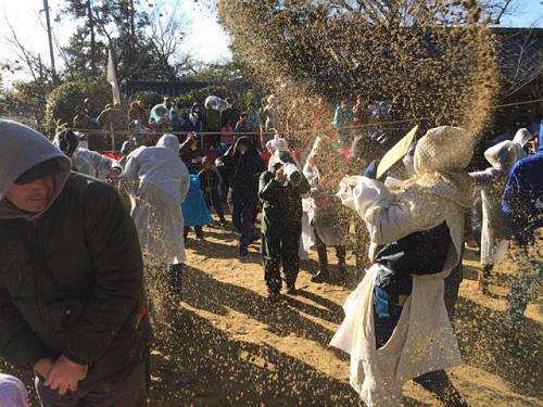 砂をかけ合い五穀豊穣を祈願『砂かけ祭り』@廣瀬神社(河合町)