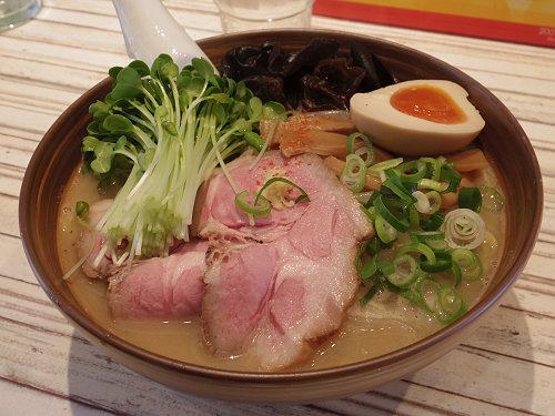 北海道風まろやか味噌が絶品!『らーめん春友流』@奈良市
