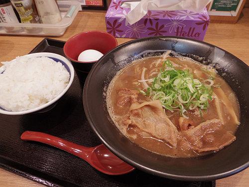すき焼き風!ご飯に合う『徳島ラーメン 麺よし』@奈良柏木店