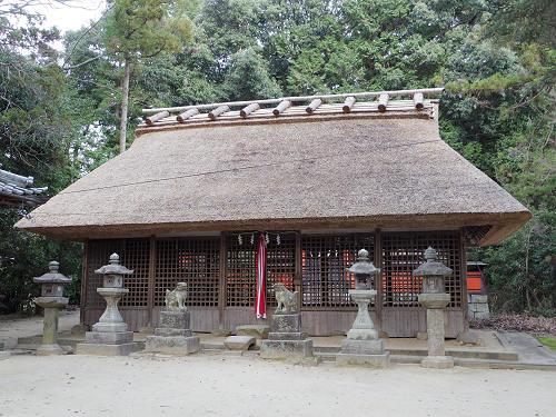 茅葺きの拝殿が美しい『夜都伎神社』@山の辺の道(天理市)