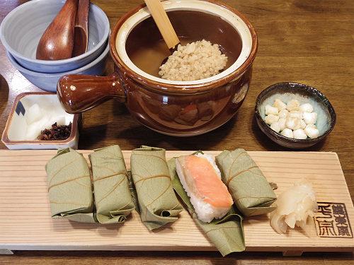奈良駅周辺で奈良名物を味わうなら!『柿の葉ずし 平宗』奈良店