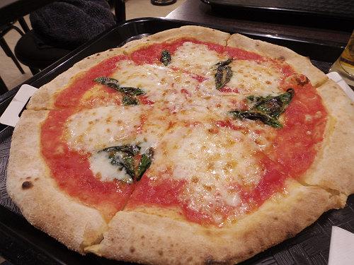 マルゲリータピッツァが格安!『ナポリス』@奈良三条通り店