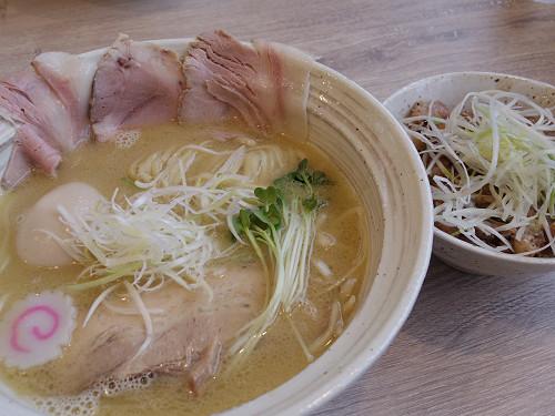 絶品!麺屋NOROMA2号店『MENYA BIBIRI』@奈良市七条町