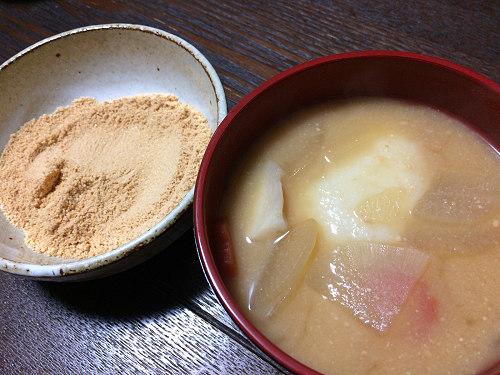 味噌汁のお餅をきな粉へ!奈良の『きなこ雑煮』は不思議で美味!