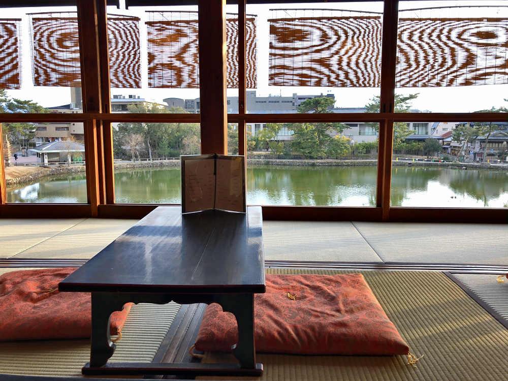 猿沢池を眺めながらのんびり!『猿沢池畔 柳茶屋』@奈良市