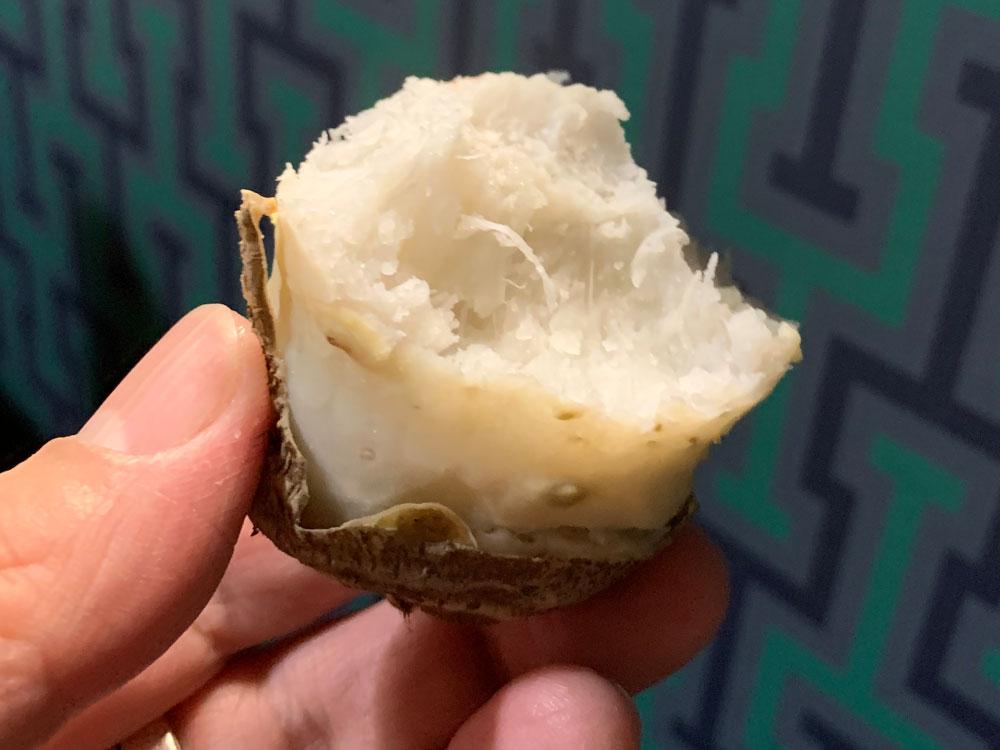 大和伝統野菜の里芋「味間いも」はラップしてレンチンで美味!