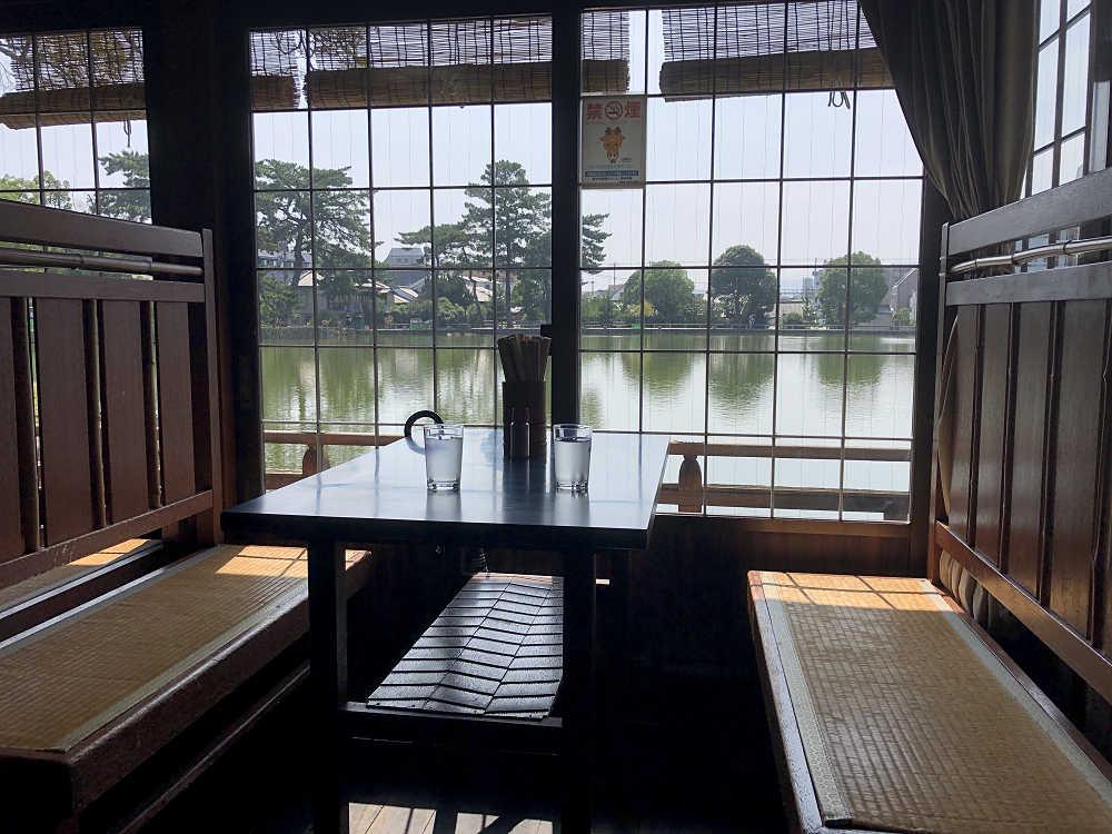 猿沢池の畔で味わううどん&そばは最高!『衣掛茶屋』@奈良市