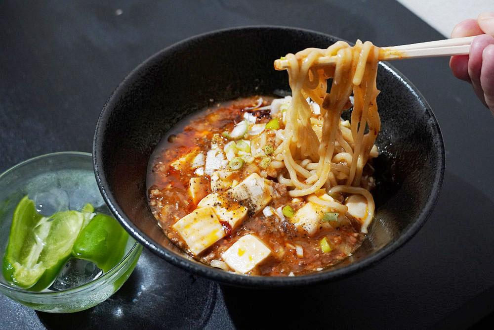 進化した麻婆豆腐ラーメン!『すするか、すすらんか。』@奈良市