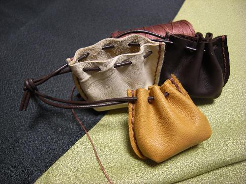 わたし・ならdeしあわせワークショップ【革で作るミニバッグ型チャーム】-03