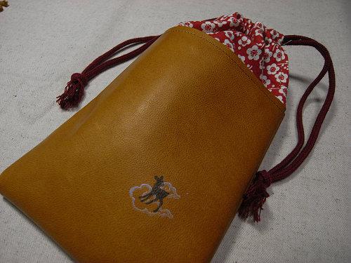 【鹿野堂】革×和の布のコンビ『革と和柄の巾着』-05
