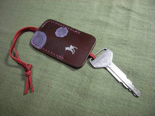 【鹿野堂】鍵1本の全体を包む『ネックレス鍵カバー』-07