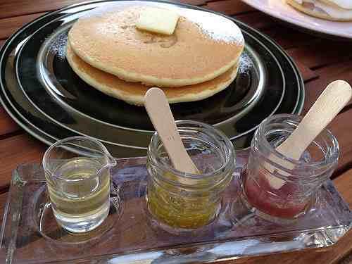 美味しいパンケーキのカフェ『Cafe +f』@馬見丘陵公園